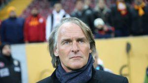 Heerenveen Segera Mengucapkan Selamat Tinggal Kepada Pelatih Olde Riekerink